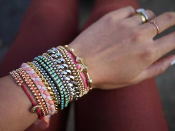 Многообразие стилей браслетов Diamonique