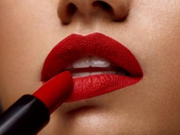 Восемь самых распространенных ошибок в макияже губ