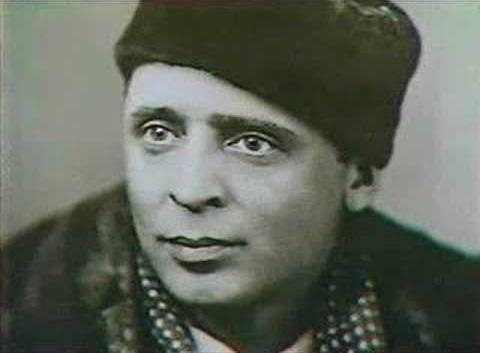 За что посадили самого популярного певца в СССР Вадима Козина
