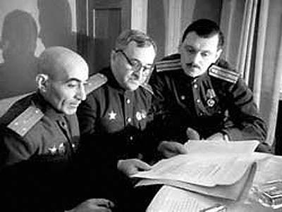 Почему Сталин в 1944 году заменил Интернационал на новый гимн СССР