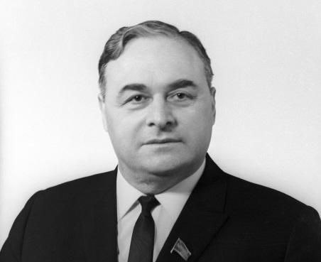 Борьба с коррупцией в СССР: за что Анропов хотел судить секретаря Президиума Верховного Совета СССР