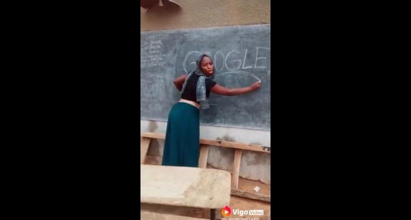 Видео: Урок английского в школе Африки — учительница смешно произносит слово Google