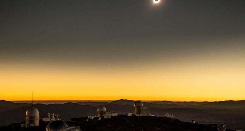 Фото дня: солнечное затмение в Чили