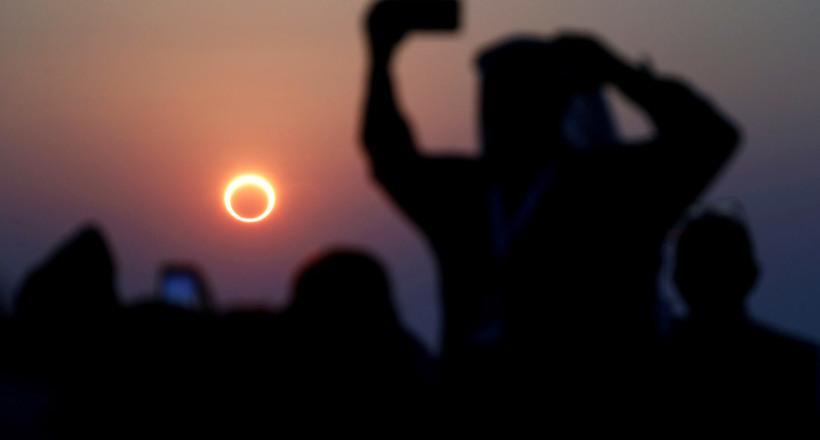 Фото дня: редкое кольцевое затмение