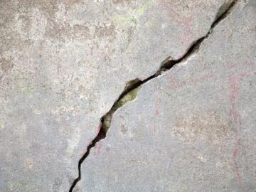 Найден новый способ устранения трещин в бетонных конструкциях