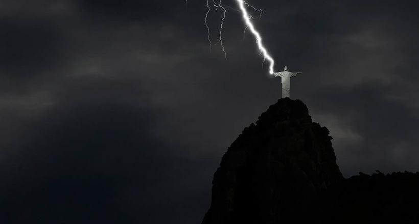 Как молния формировала человеческую историю: от оружия богов к элементу гардероба